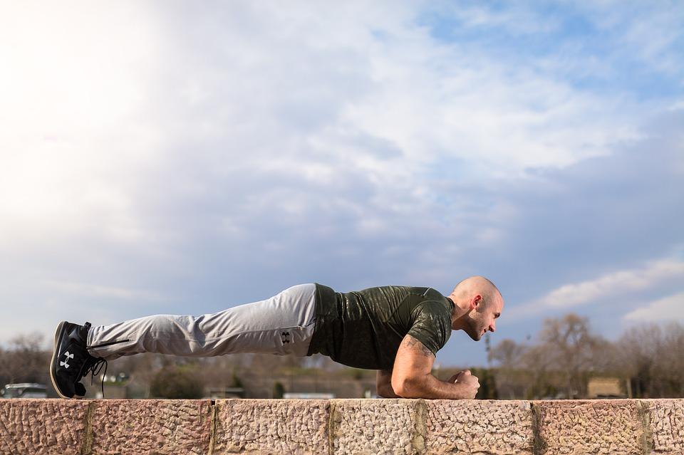 Planchas para mejorar el core o parte central del cuerpo