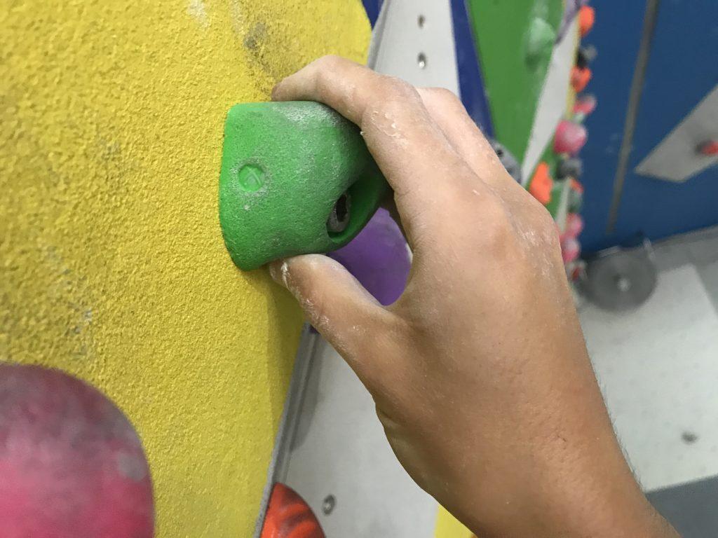Presa pinza- escaladayferratas.com